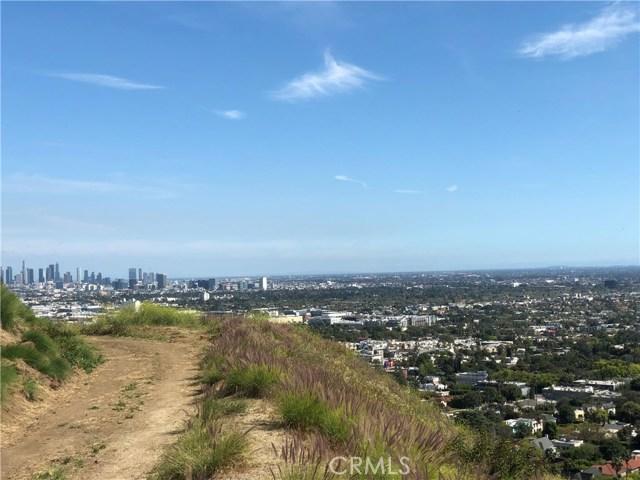 7916 W Granito, Los Angeles, CA 90046 Photo 3