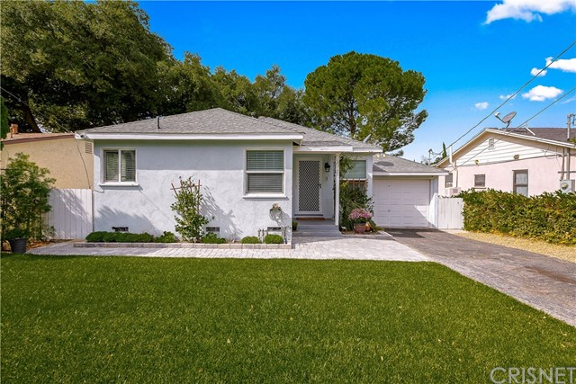 10727 Rhodesia Avenue, Sunland, CA 91040