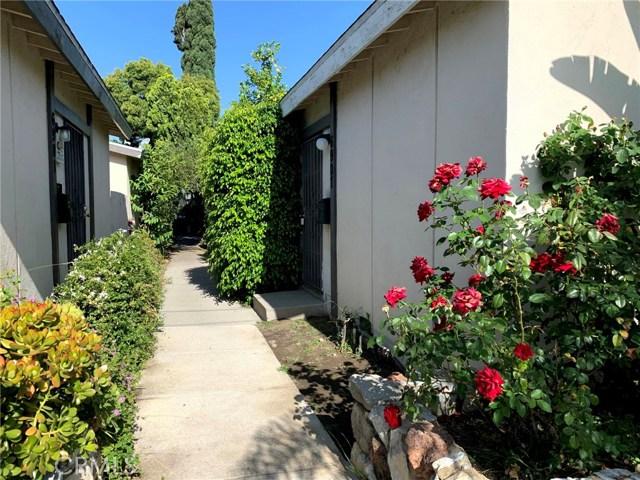 6907 Coldwater Canyon Avenue, North Hollywood CA: http://media.crmls.org/mediascn/4d75fc9a-acb6-4069-93f8-5d1fc5c5dd81.jpg