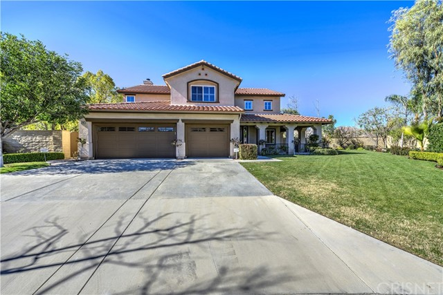 Single Family Home for Sale at 30342 Ridgeway Court Castaic, California 91384 United States