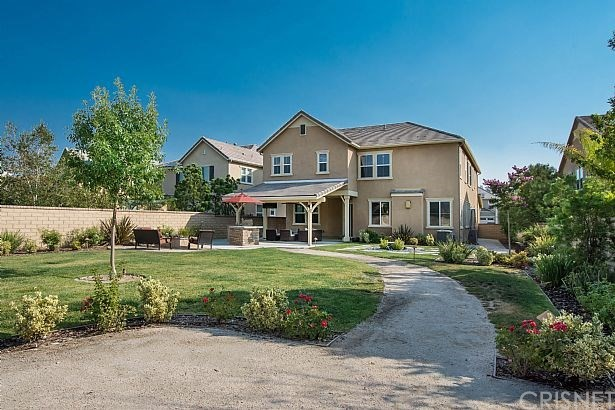 Photo of home for sale at 22458 PLANTATION Court, Saugus CA