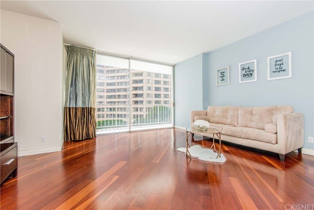 Property for sale at 10433 Wilshire Boulevard #402, Los Angeles,  CA 90024