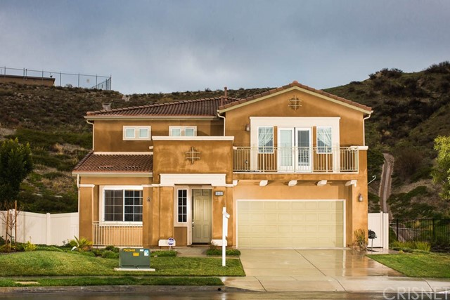 15602 Nahin Lane, Canyon Country CA 91387