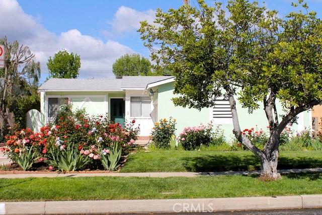 5743 Natick Avenue, Sherman Oaks CA: http://media.crmls.org/mediascn/4e7da7f2-9033-43d2-b8cc-a5b5ecdf7597.jpg