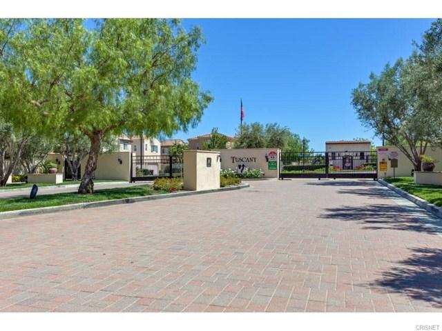 20144  Pienza Lane 20144  Pienza Lane Northridge, California 91326 United States