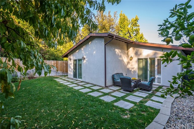 4877 Bruges Avenue Woodland Hills, CA 91364 - MLS #: SR17246907