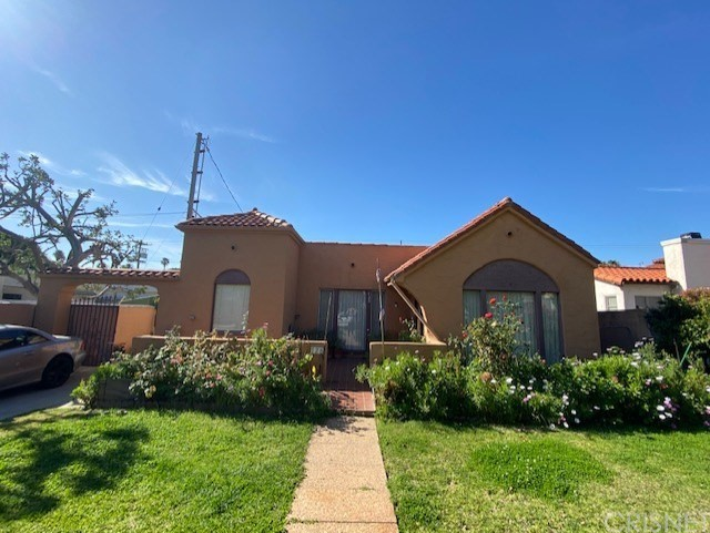 728 Euclid St, Santa Monica, CA 90402