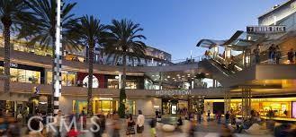 1434 18th, Santa Monica CA: http://media.crmls.org/mediascn/4f2ef2fc-a897-4dd3-9c1f-3d0e2bbd1252.jpg
