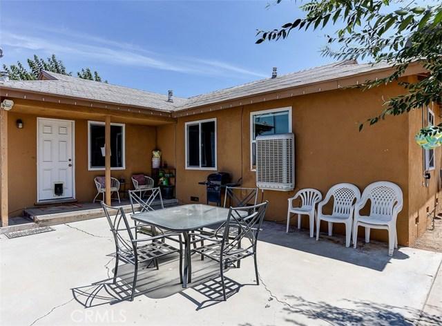 38757 Glenbush Avenue, Palmdale CA: http://media.crmls.org/mediascn/4f85ac7a-8cb5-4211-960b-24dfa8458a26.jpg
