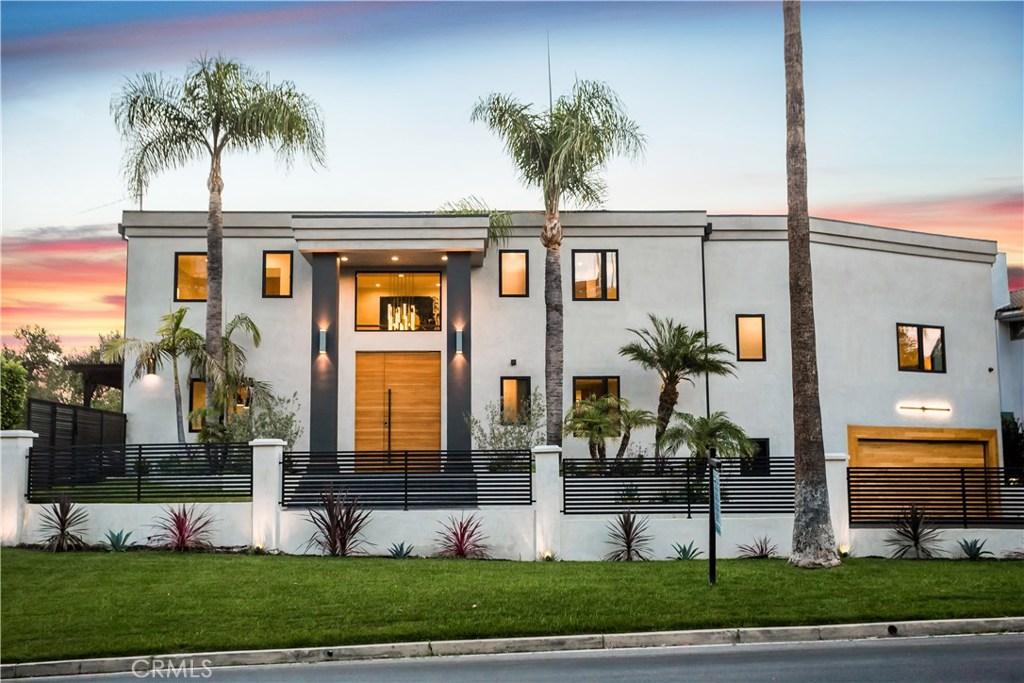 Photo of 14247 VALLEY VISTA BOULEVARD, Sherman Oaks, CA 91423