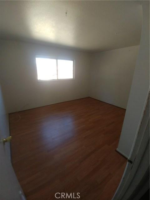 44621 Stanridge Avenue, Lancaster CA: http://media.crmls.org/mediascn/5017dfb2-11c8-4b3b-b26c-8f5bde74dcf8.jpg