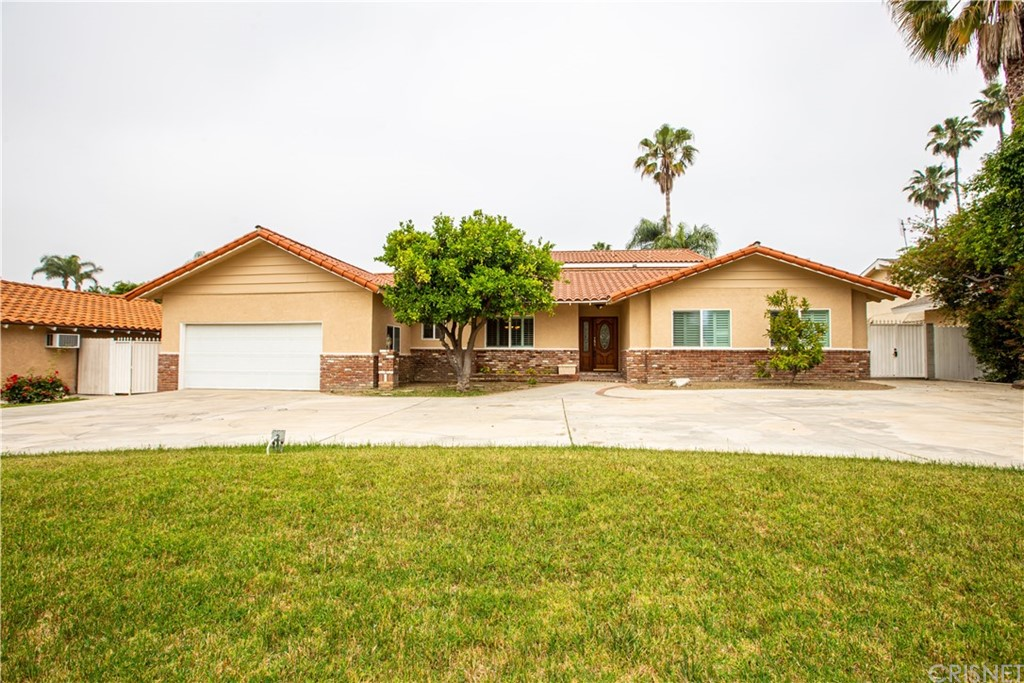 Photo of 9343 BALCOM AVENUE, Northridge, CA 91325