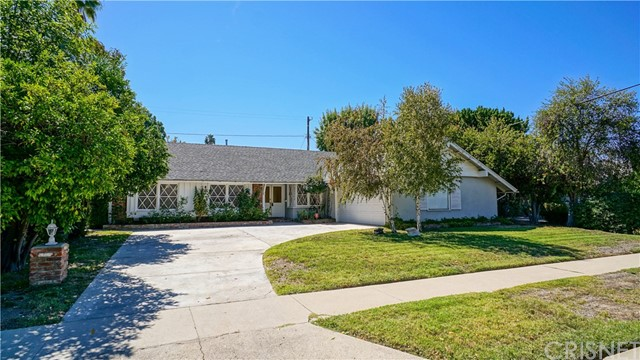 canoga park hispanic singles A richly diverse community canoga park/west hills has made this a very special community to work and live in canoga park/west hills is a young community with 60% of its population under the age of 35 and 77% under the age of 45.