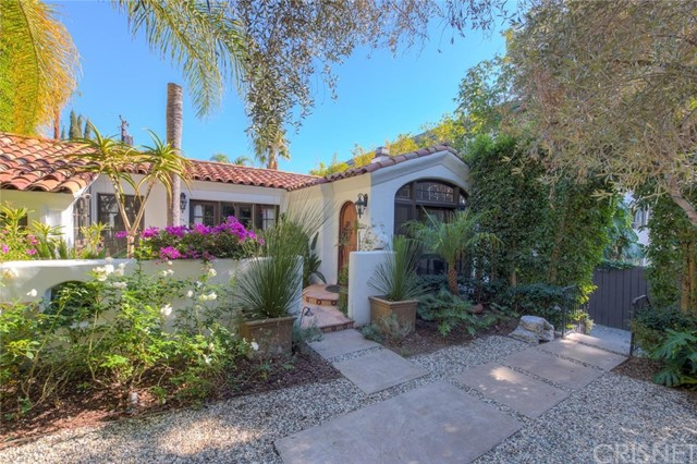 Single Family Home for Rent at 1240 N Olive Drive 1240 N Olive Drive West Hollywood, California 90069 United States
