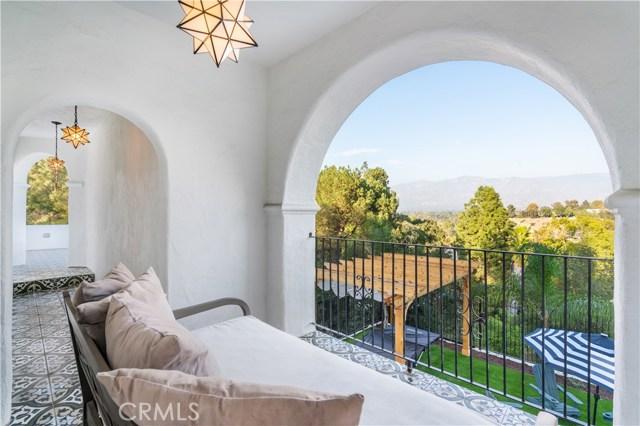 150 Fern Drive, Pasadena CA: http://media.crmls.org/mediascn/50a2d6b0-bd7a-4820-95e2-749285837898.jpg