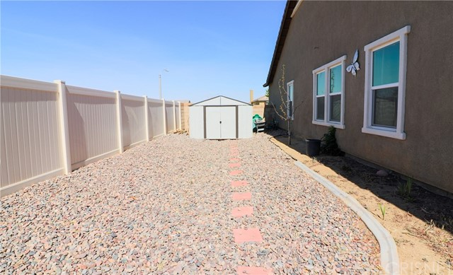 41655 Port Avenue Palmdale, CA 93551 - MLS #: SR18158663