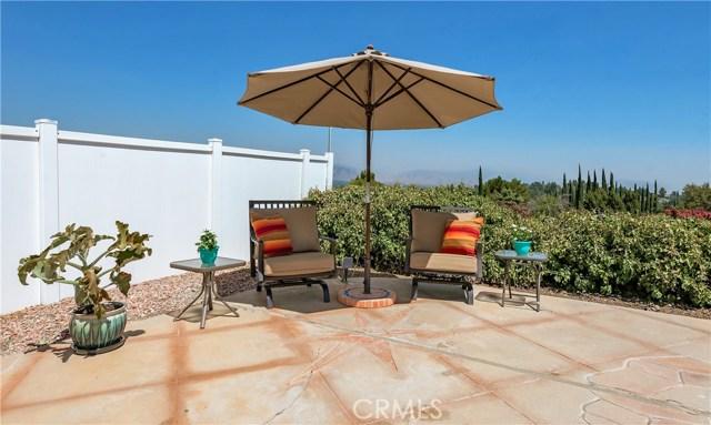 17460 Tuscan Drive, Granada Hills CA: http://media.crmls.org/mediascn/50d82490-5c6d-4043-813e-be010cb896fa.jpg