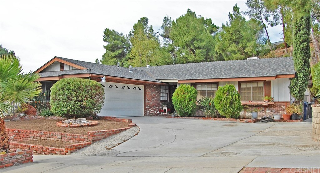 Property for sale at 27141 GARZA DRIVE, Saugus,  CA 91350