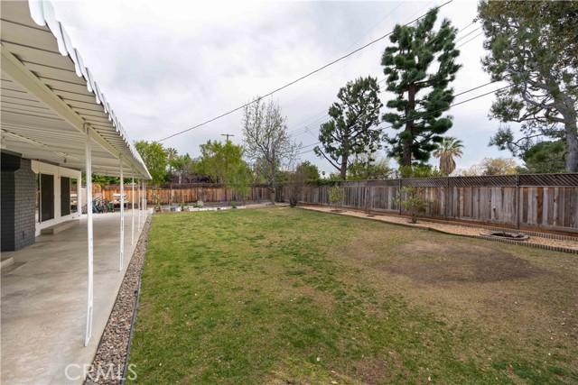 18638 Ludlow Street, Northridge CA: http://media.crmls.org/mediascn/512b6fd1-d41c-4d00-8ff2-32b8aef53b03.jpg