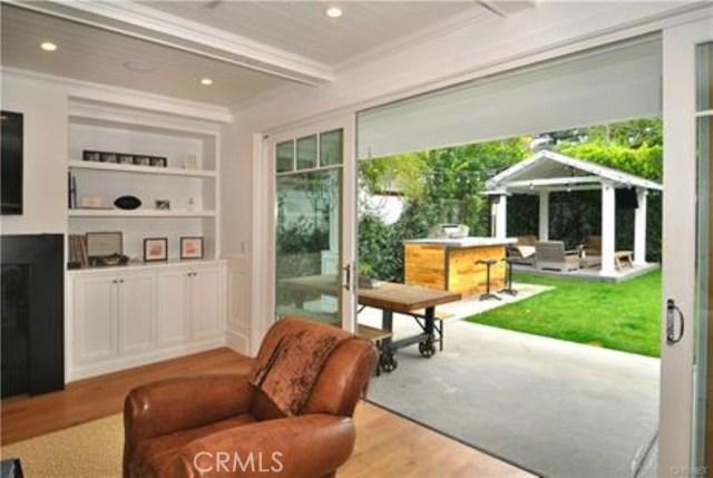 Additional photo for property listing at 4443  Farmdale Avenue 4443  Farmdale Avenue Studio City, California 91602 United States