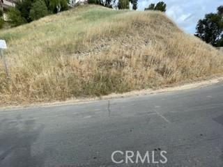 0 Baza, Woodland Hills CA: http://media.crmls.org/mediascn/51555bef-e276-4ea1-b163-3c525fa89ae0.jpg