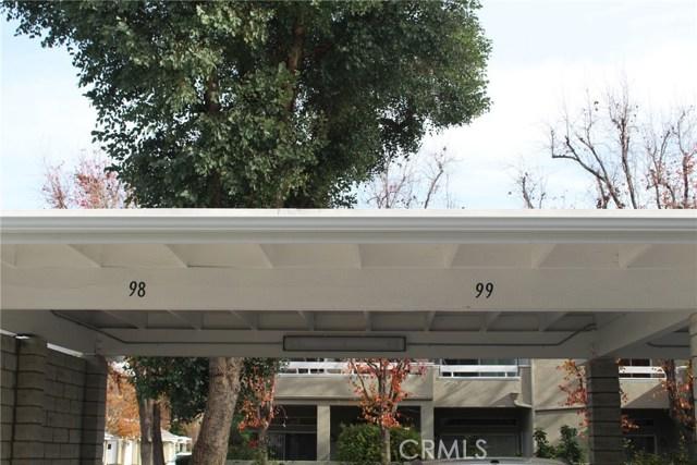 23963 Arroyo Park Drive, Valencia CA: http://media.crmls.org/mediascn/5156f44d-18af-47df-aa28-5fd3b93c7d36.jpg