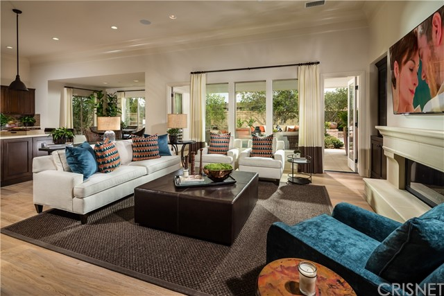 Single Family Home for Sale at 90 Mayflower Street Thousand Oaks, California 91360 United States