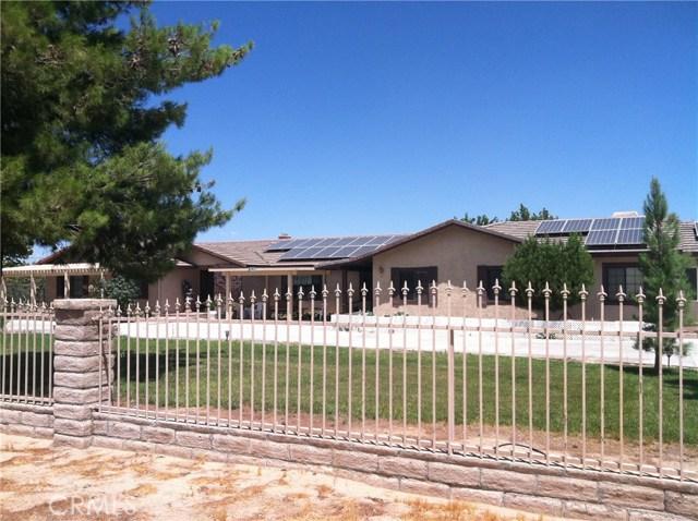 Casa Unifamiliar por un Venta en 1539 W Avenue L12 Lancaster, California 93534 Estados Unidos