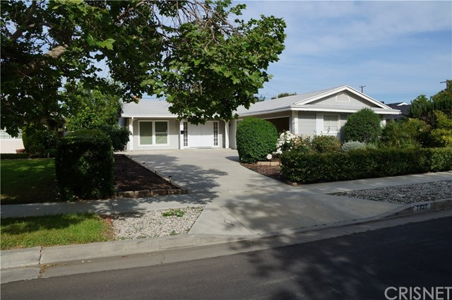 Single Family Home for Rent at 7827 Maynard Avenue West Hills, California 91304 United States