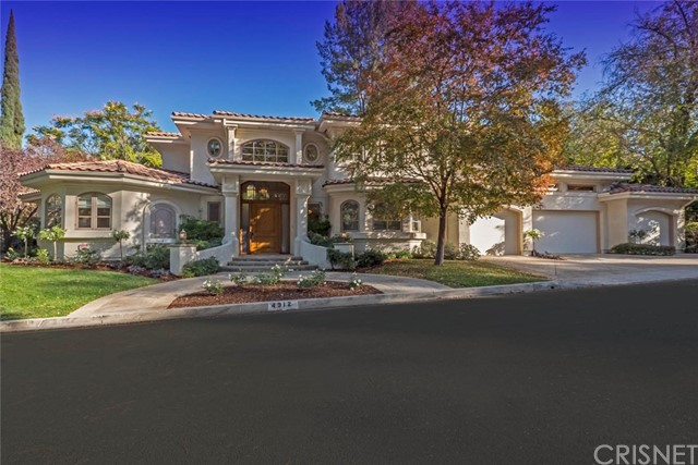 Photo of 4912 Queen Victoria Road, Woodland Hills, CA 91364