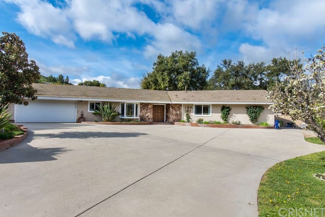 Photo of 23322 MAPLE STREET, Newhall, CA 91321