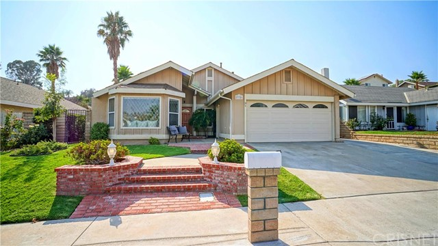 27721 Laurel Creek Circle, Valencia CA 91354