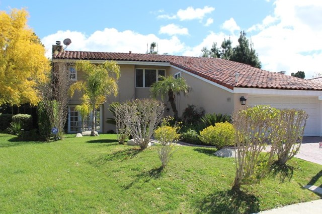 Photo of 23261 Park Ensenada, Calabasas, CA 91302