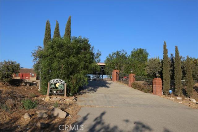 Casa Unifamiliar por un Venta en 32500 Agua Dulce Canyon Road Agua Dulce, California 91390 Estados Unidos