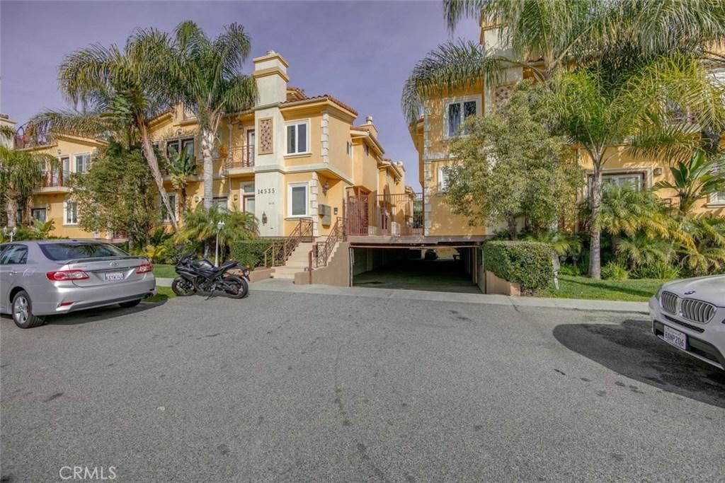 Photo of 14535 MARGATE STREET #14, Sherman Oaks, CA 91411
