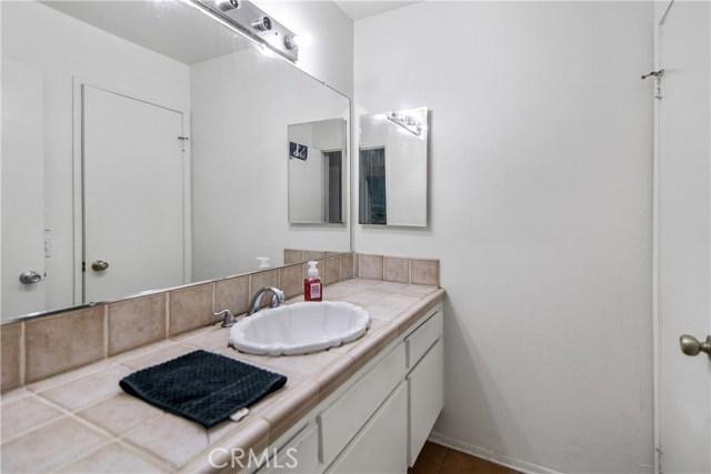 5700 Etiwanda Avenue Unit 212 Tarzana, CA 91356 - MLS #: SR18278424