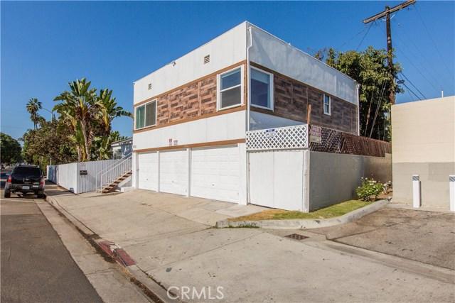 8601 W Cadillac Avenue, Los Angeles CA: http://media.crmls.org/mediascn/533dc724-f2b9-4a36-944a-ae149ccc2edf.jpg