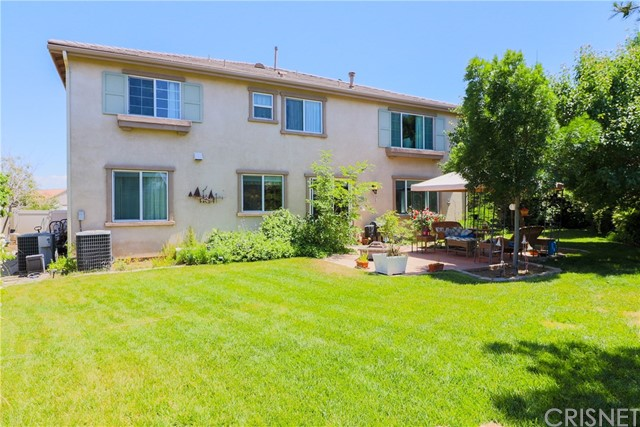 39041 Pacific Highland Street, Palmdale CA: http://media.crmls.org/mediascn/53552429-e2cb-4f8f-84cf-de103a83d5a8.jpg