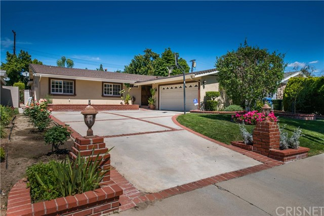 18925 Halsted Street Northridge CA  91324