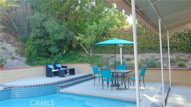 23704 Sandalwood Street, West Hills CA: http://media.crmls.org/mediascn/541fcf3f-423d-46b9-9242-c5dda99a7178.jpg