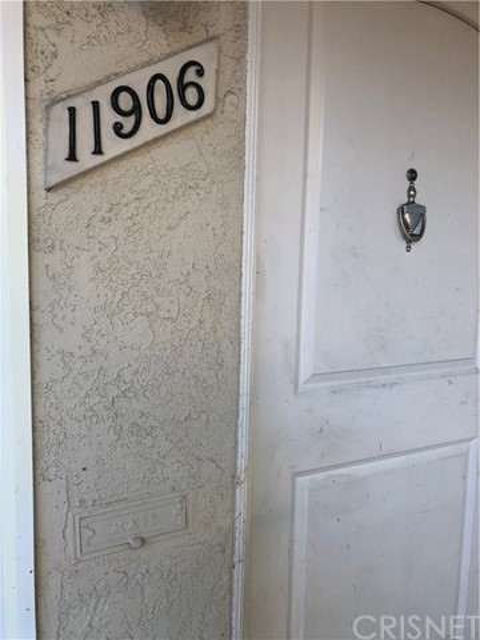 11906 Venice Blvd, Los Angeles, CA 90066