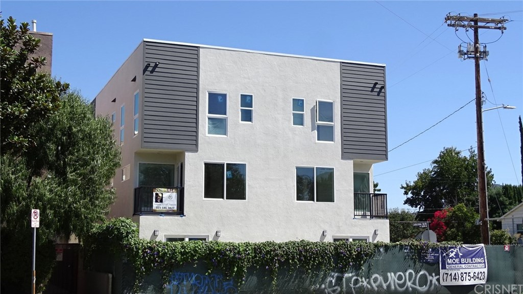 Photo of 10543 ADDISON STREET, North Hollywood, CA 91601
