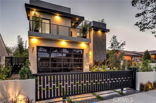 823 N Mansfield Avenue, Hollywood CA: http://media.crmls.org/mediascn/547e9a29-8b29-46bd-b9ee-49faee0d2784.jpg