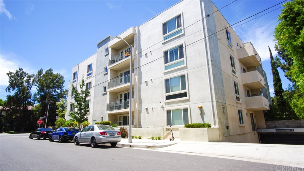 Photo of 4644 COLDWATER CANYON AVENUE #104, Studio City, CA 91604