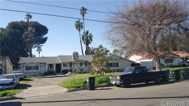 Single Family Home for Sale at 8953 Kester Avenue Panorama City, California 91402 United States