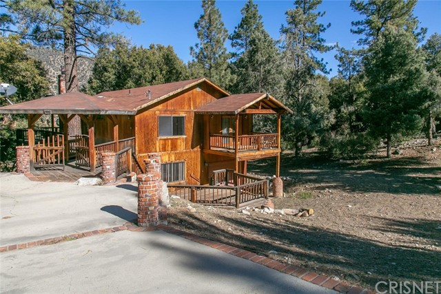 Detail Gallery Image 1 of 39 For 2229 Bernina Dr, Pine Mountain Club,  CA 93225 - 4 Beds | 3 Baths