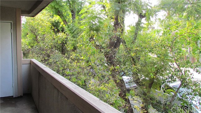 7640 Oso Avenue Unit 213 Winnetka, CA 91306 - MLS #: SR18027015