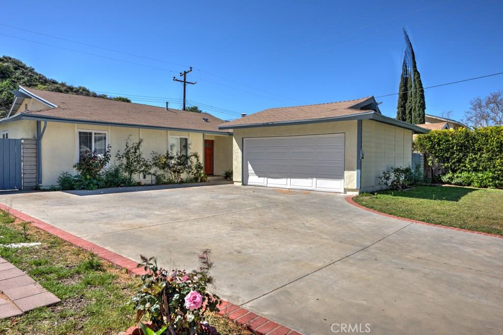 22324 ESPUELLA Drive, Saugus, CA 91350