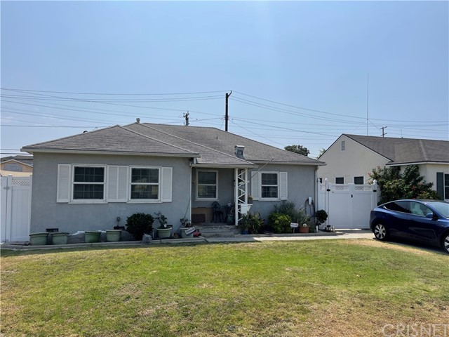 8710 Lilienthal Ave, Los Angeles, CA 90045 photo 1