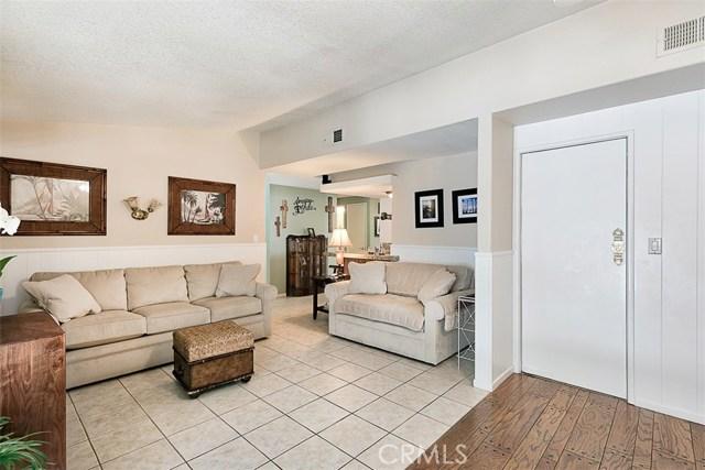 17400 Trosa Street, Granada Hills CA: http://media.crmls.org/mediascn/5586c8bd-3fbd-45e3-b892-7d9170dabbd4.jpg